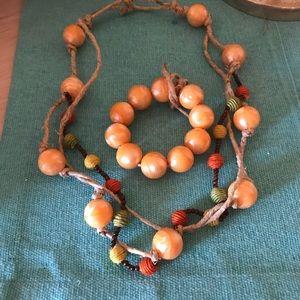 Pura vida . Earth necklace